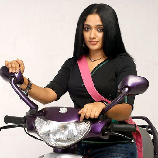 Kavya Madhavan Wiki Facebook Profile
