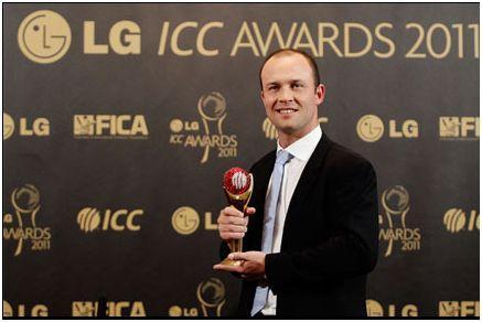 jonathan trott with icc award