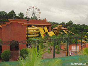 Vismaya theme park