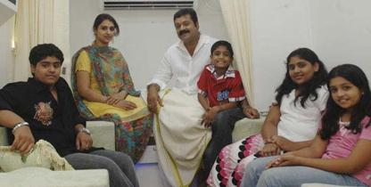 Suresh Gopi and Radhika with their children