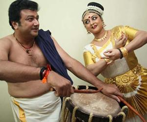 Jayaram as a chenda persussionist along with wife Parvathy