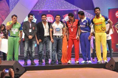 Watch CCL (Celebrity Cricket League) 2012 Live Streaming Online