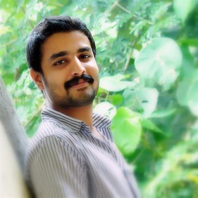Deepak Parambol donning hero in SIM malayalam movie under Diphans direction