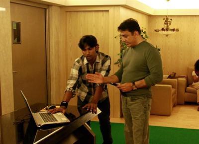 Mahadevan Thampi with Kamal Hasan