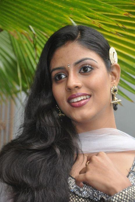 Iniya Malayalam Actress - Picture