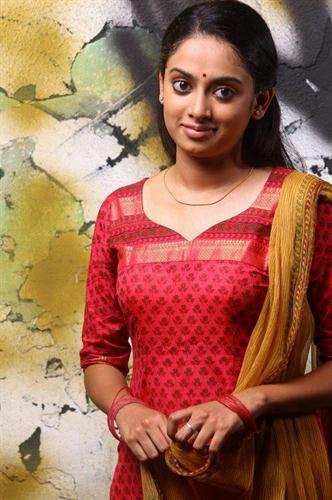Gauthami Nair Malayalam Actress - Profile and Biography
