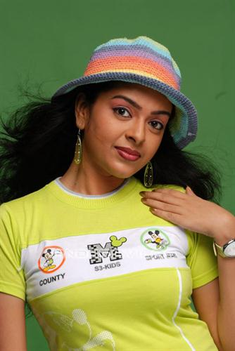 Radhika Malayalam Actress