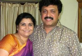 Yamini Thankachi - Ganesh Kumar Photo row reach climax