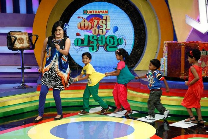 Kutty Pattalam: A kids show in Surya TV anchored by Suby Suresh