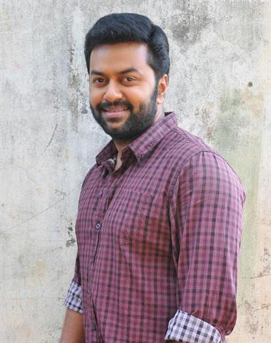 A-Ku-Pu Complex V K Prakash and Indrajith to tickle your funny bones