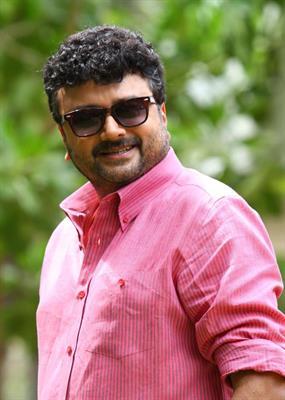 Third Avenue Panampally Nagar Malayalam Movie A Jayaram – Joshiy movie