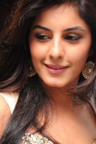 Isha Talwar Malayalam Actress - Profile and Biography