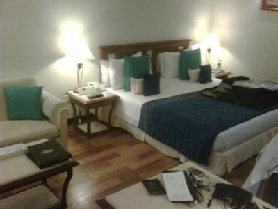 Hotel Muthoot Plaza in Kerala