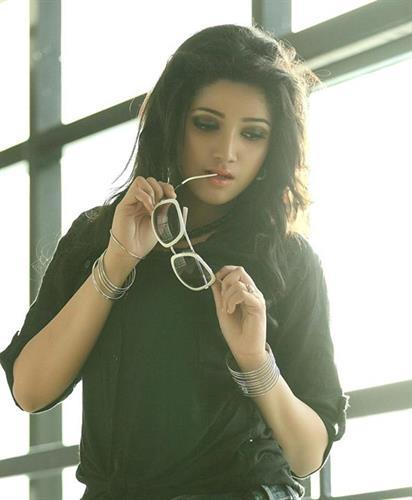 Malayalam actress ranjini hot unseen boobs squeezed - 1 7