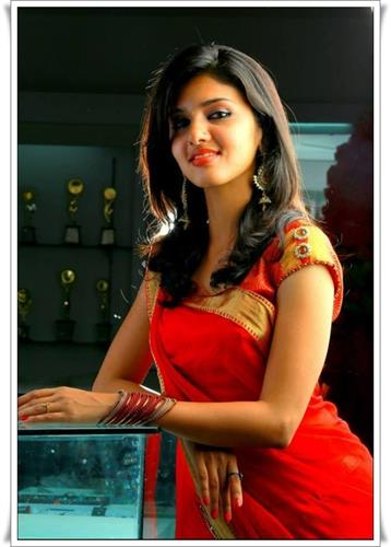 Gayathri Suresh Miss Kerala 2014 – Profile, Biography and Upcoming Movies