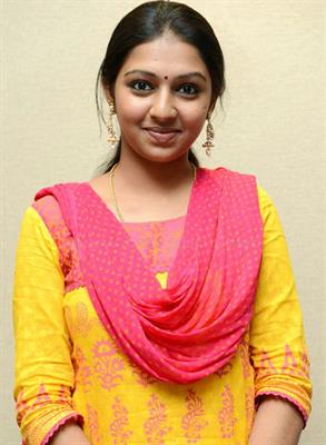 Lakshmi Menon - Profile, Biography and Upcoming Projects