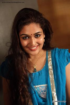 Prayaga Rose Martin Tamil Actress