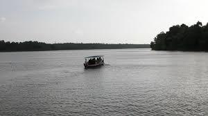 Ferrying at Sasthamkotta Lake