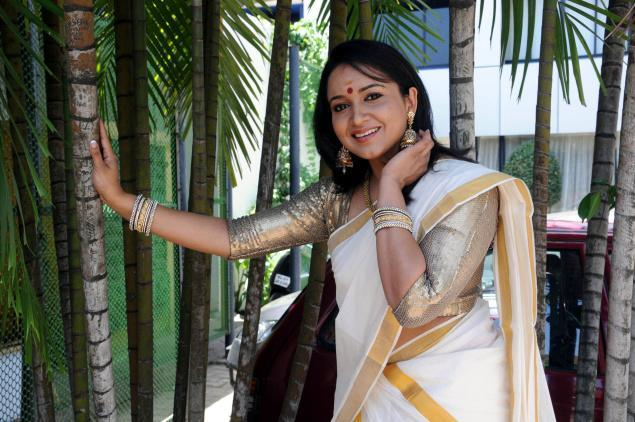 Lena Actress in Saree