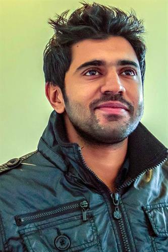 Nivin-Pauly-Malayalam-Actor-11