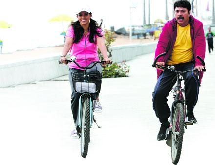 http://www.spiderkerala.net/attachments/Resources/6702-13329-mammootty-in-doubles.jpg