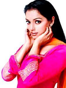 Actress Shweta Menon Profile & Biography