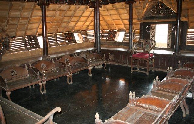 Kerala tourism padmanabhapuram palace history location - Chambr kochi ...