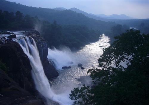Athirapilly Waterfall The Most Beautiful Tourist Centre In Kerala