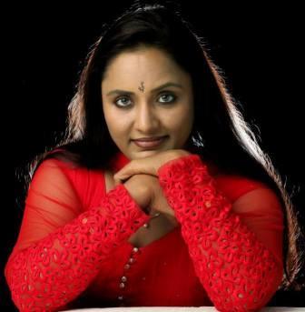 nisha sarang malayalam film and serial actress   profile